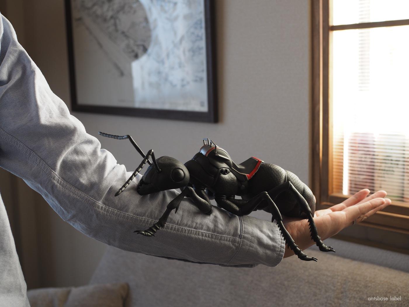 巨大なアリのフィギュアを購入レビュー!【アントマン&ワスプ】